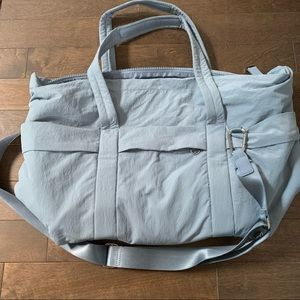 On My Level Duffel, CHBY Chambray O/S, Volume 30L
